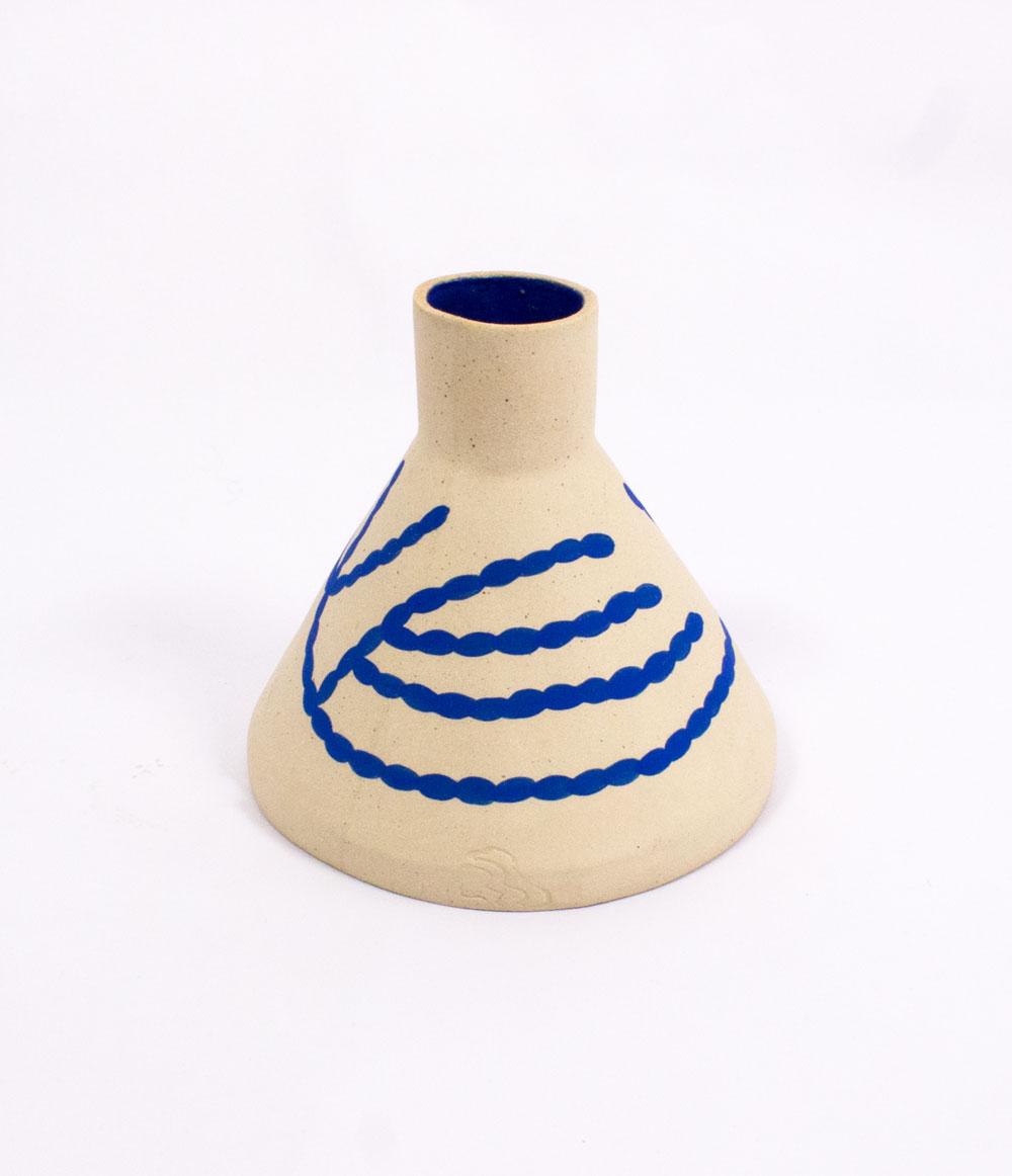 coral-cone-vase-sophie-alda